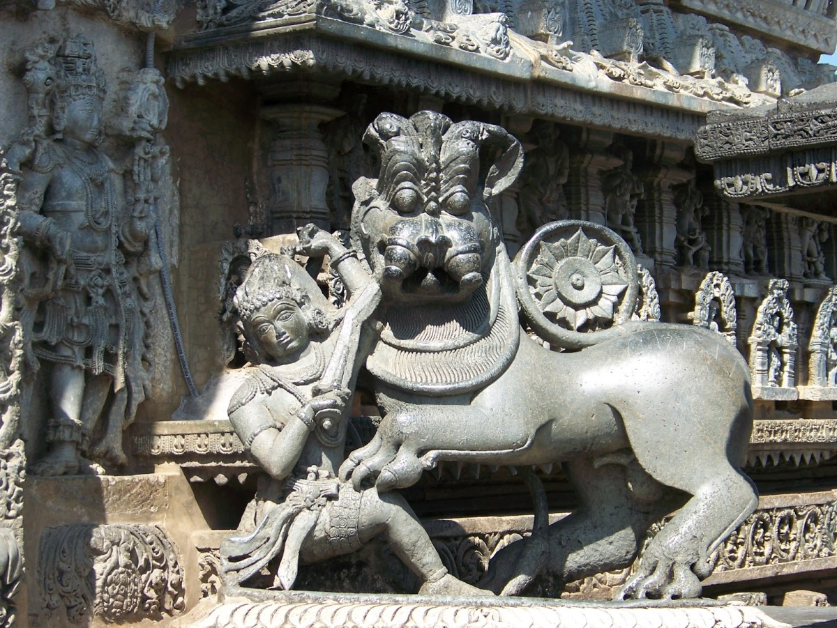 Art Attack @ Belur and Halebeedu