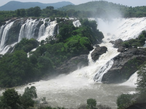 Gaganachukki- The western branch of river Kaveri