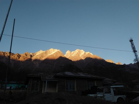 the view of the Kinnaur Kailash mountains at Sangla
